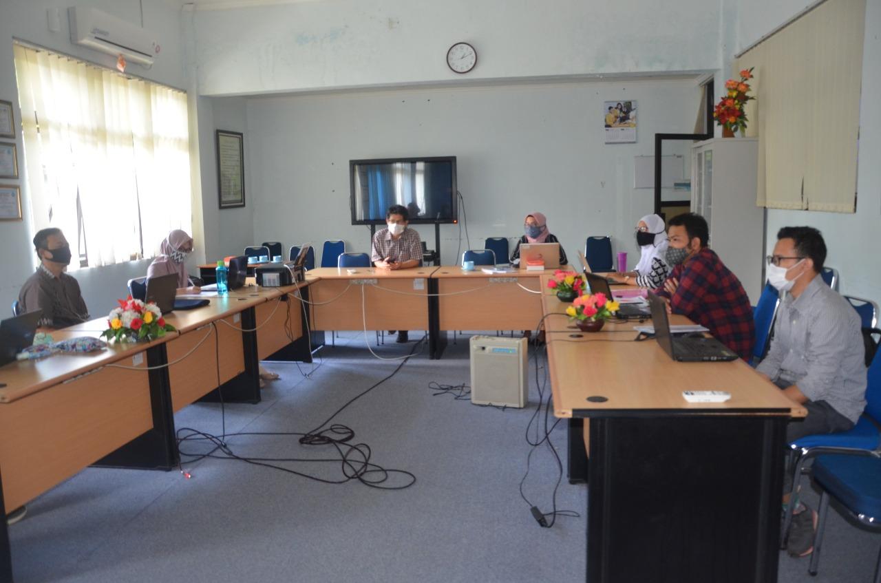 Fakultas Teknik dan Jurusan Teknik Industri selenggarakan audit  dan monev mutu internal tahun 2020